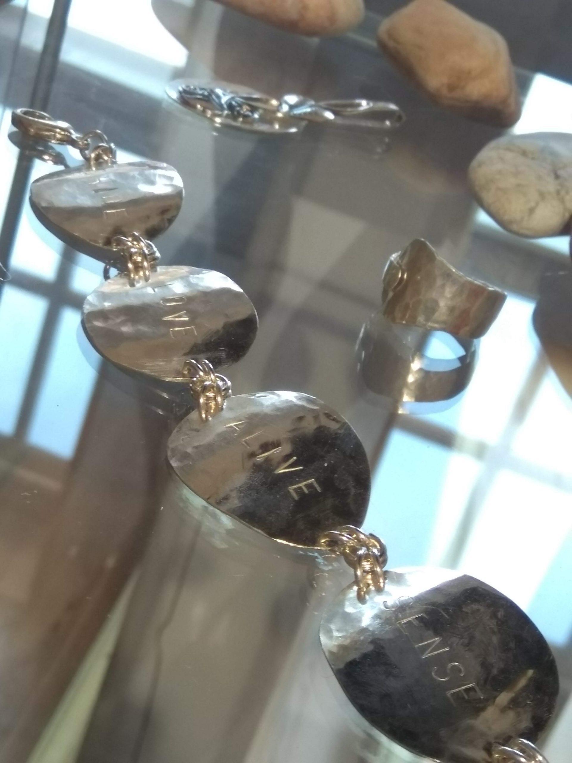 Återbrukssmycke silver av Martina Eklund